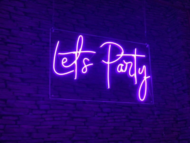 Neon Signs - Let's Party