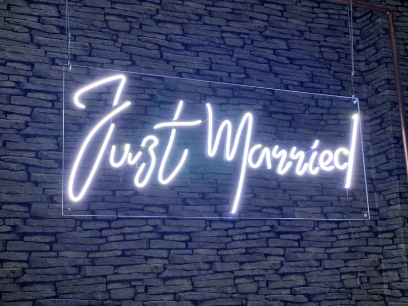 Neon Signs - Just Married
