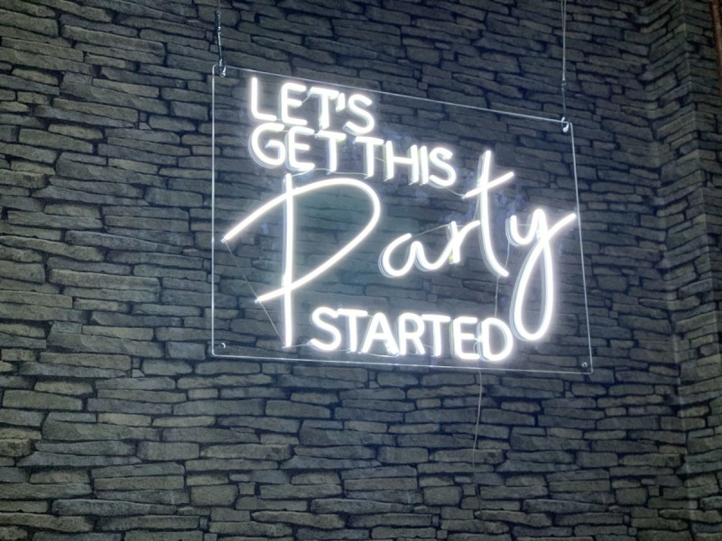 Neon Signs - Let's Get This Party Started
