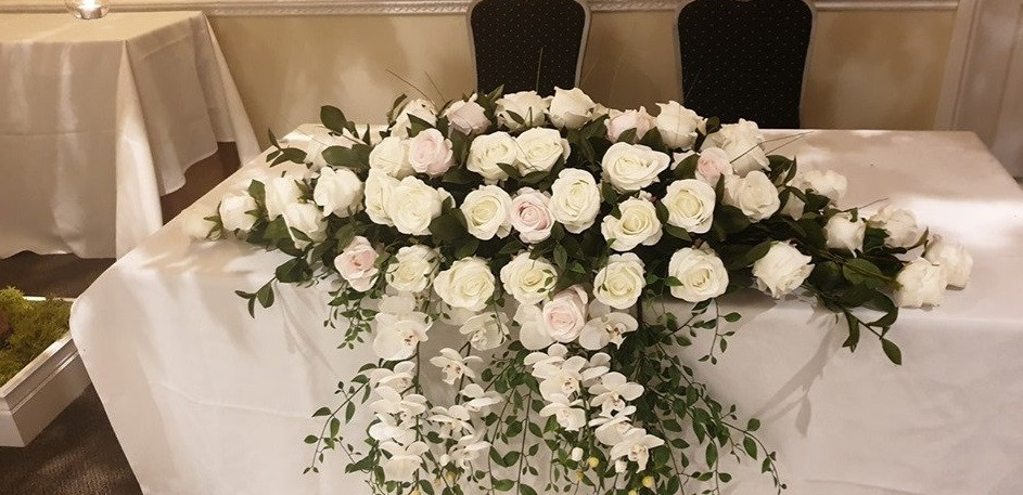 Blossom Dream Top Table Display