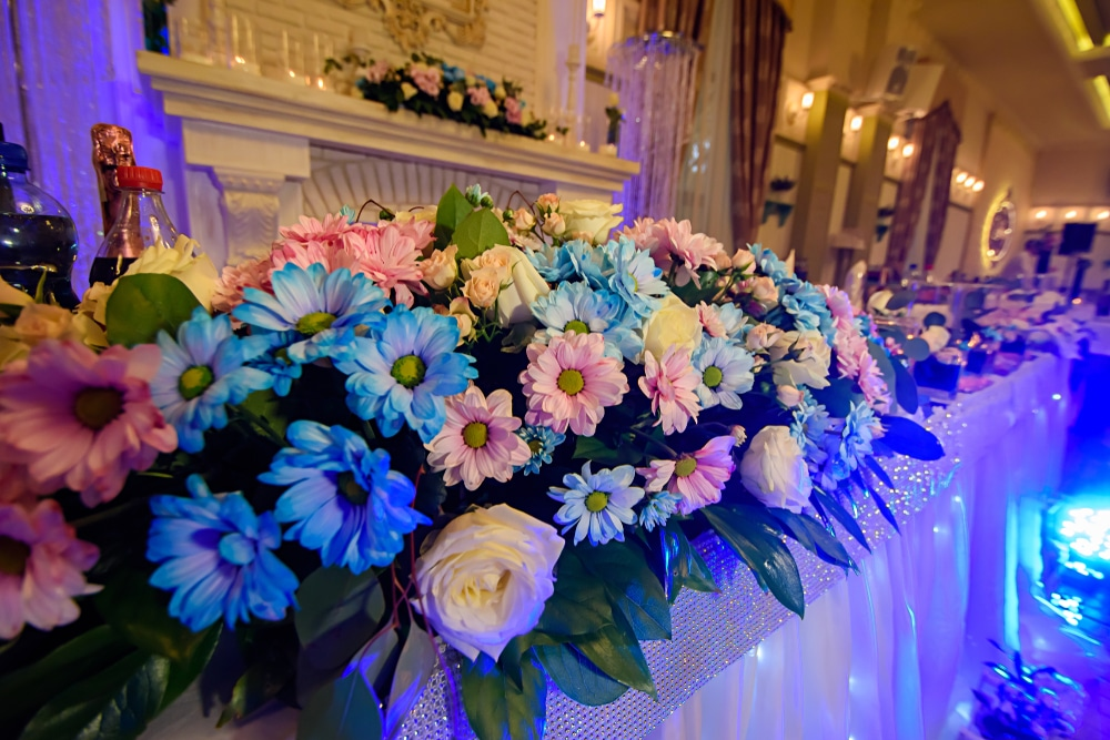 Aisha - Head Table Display