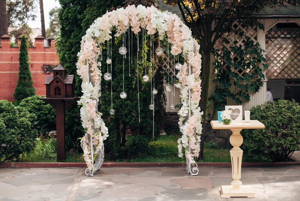 Eleanor - Wedding Arch